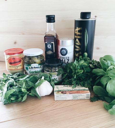 salsa verde. zutaten.